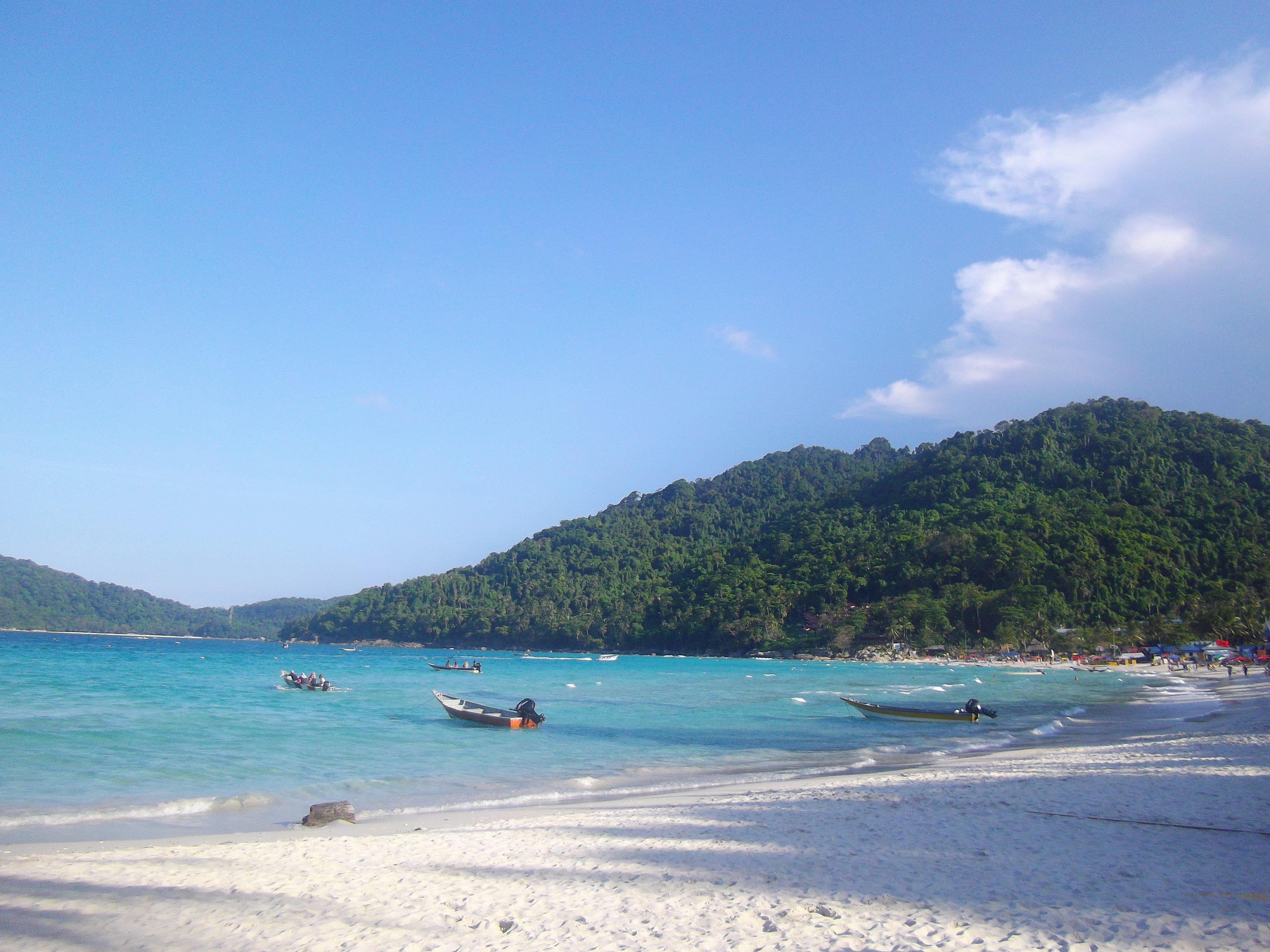 Pulau-perhentian-Kecil-Island-1.jpg